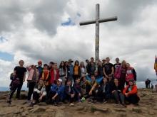 Студенти географічного факультету разом з деканом виконали Гімн України